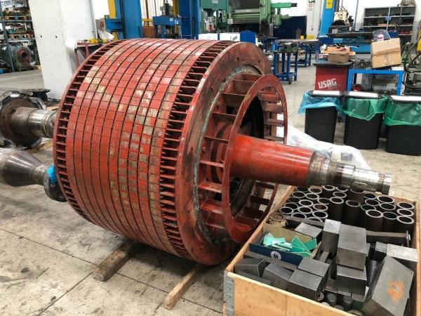 Riparazione motore Pellizzari, Grecia
